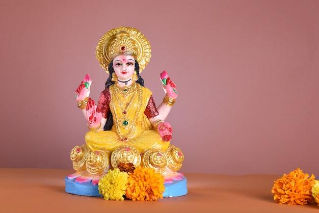 ラクシュミ-ヒンドゥー教の女神、女神ラクシュミ。ディワリ祭お祝い中に女神ラクシュミ。インドのヒンズー教の光の祭典はディワリと呼ばれます
