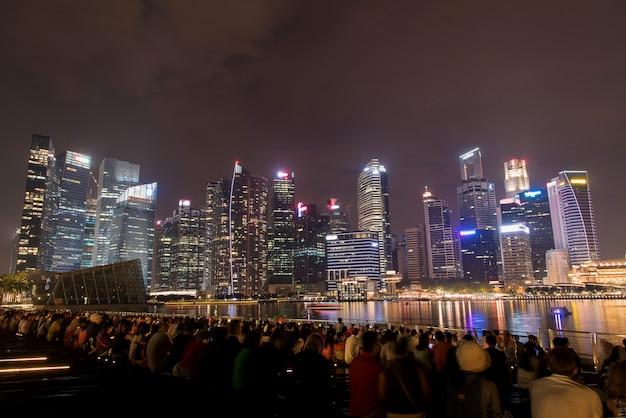 Город сингапур ночью