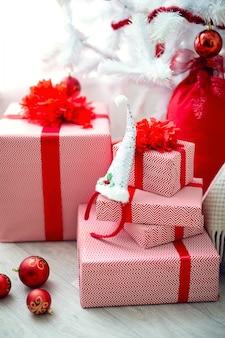 リビングルームでのクリスマスの装飾