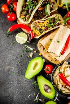メキシコ料理 。シンコデマヨフード。