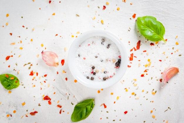 スパイスと食品の表面