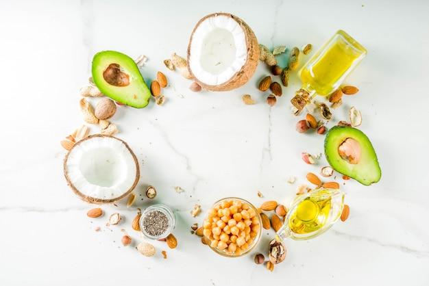 健康的なビーガン脂肪食品源