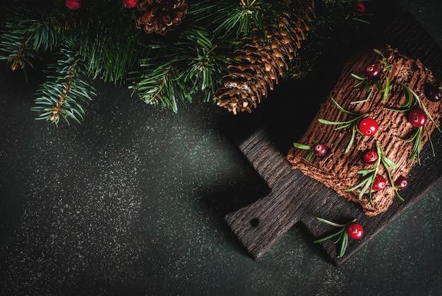 クリスマスユールログケーキ