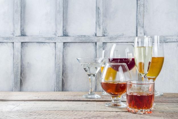 Выбор различных алкогольных напитков