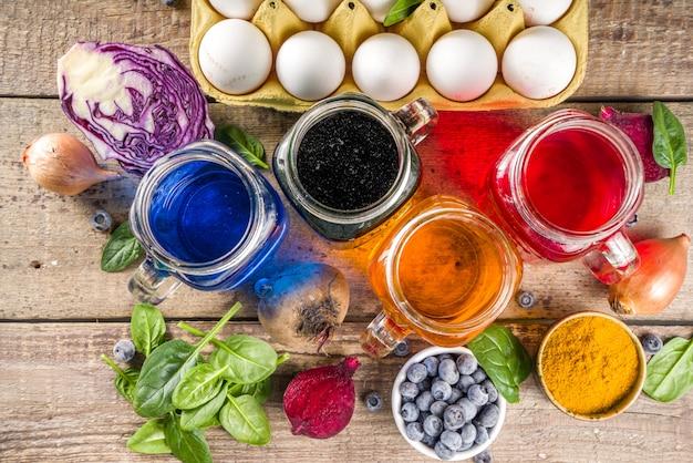 Пасхальные яйца расписанные натуральным красителем