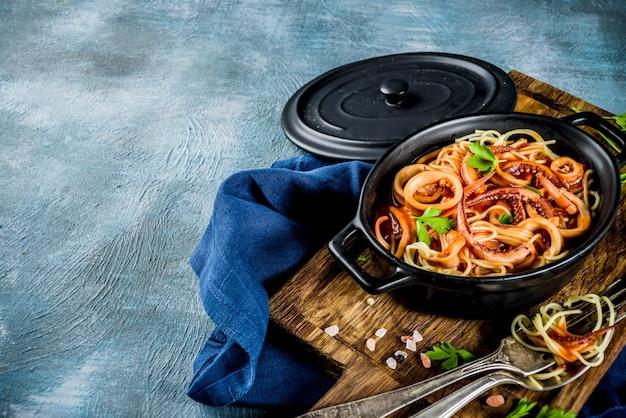 イタリア料理、カラマリフラディアヴォロ、スパゲッティパスタマリナラ