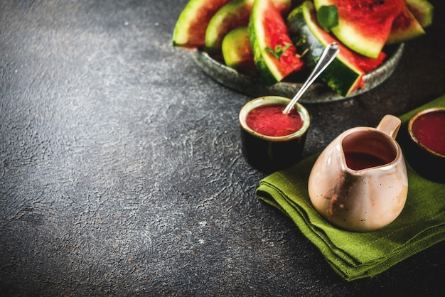 Домашний кисло-сладкий арбузный соус