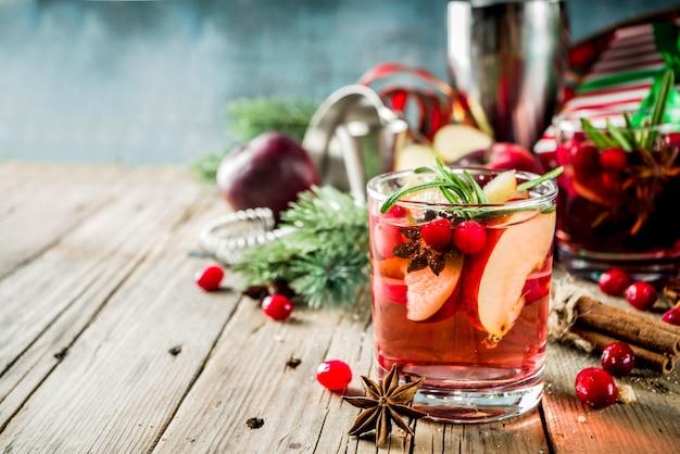Зимний горячий коктейль сангрия