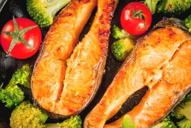 グリルドトラウトサーモンと野菜