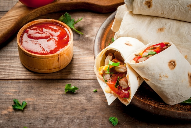 Домашняя мексиканская еда, буррито