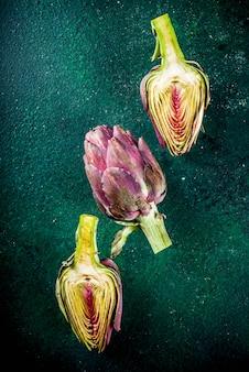 新鮮な有機アーティチョークの花