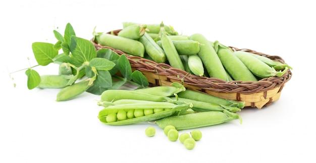 葉とエンドウ豆。