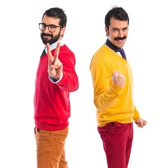 Счастливые братья-близнецы