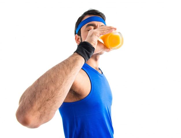 Спортмен, пить апельсиновый