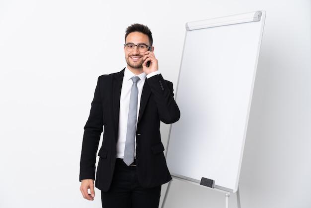 Бизнесмен, презентации на белой доске