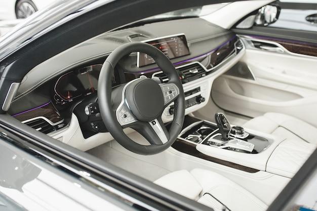 自動車インテリア。車の車両のインテリア。まだ自動車の内部。