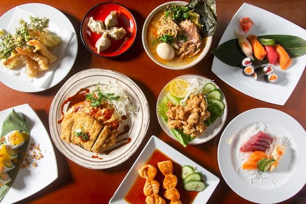 Японская еда, вид сверху