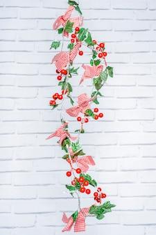 花と装飾的なクリスマスライト