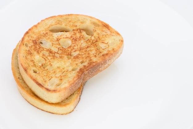 背景にパンの白いスライス