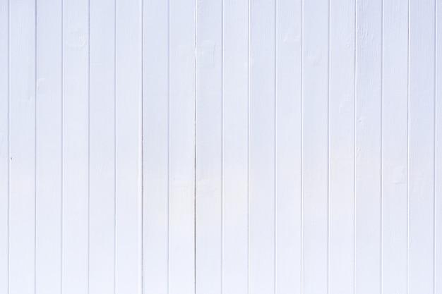 白い縦縞の木の背景テクスチャ