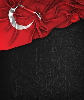 トルコの旗ヴィンテージグランジの上にテキストのためのスペースと黒の黒板