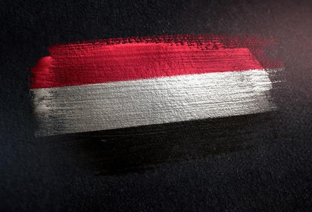 グレーンダークウォールのメタリックブラシペイントで作られたイエメンの旗