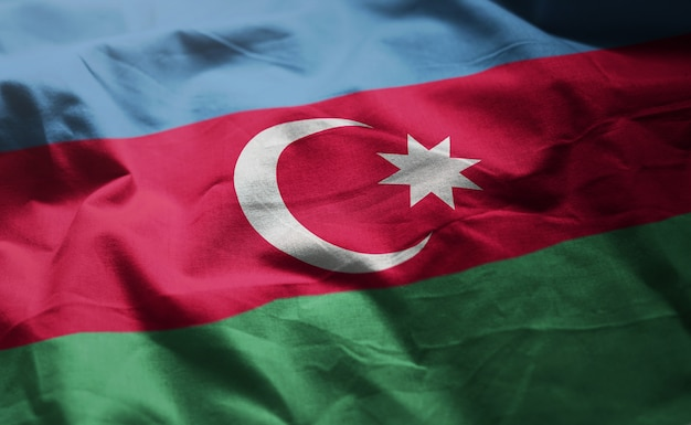 アゼルバイジャンの国旗のしわくちゃのクローズアップ