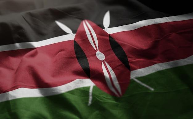 ケニアの国旗のしわくちゃのクローズアップ