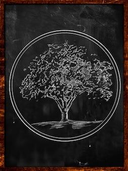 黒板に木のシンボルスケッチ