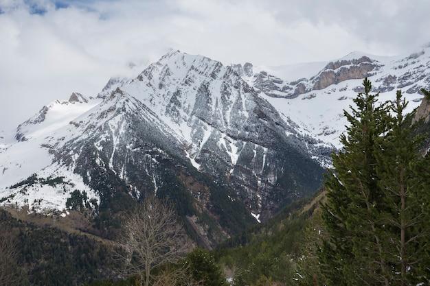 オルデサイモンテペルディド国立公園のブジャルエロ渓谷。