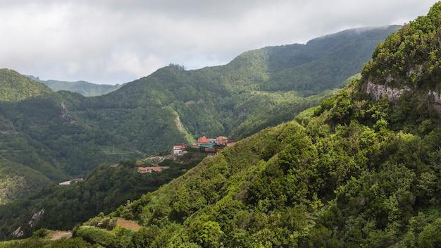 カナリア諸島、テネリフェ島のカルボネラスの町