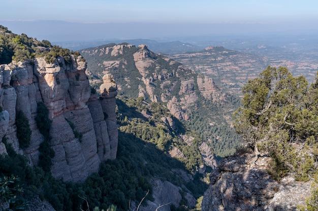 「サン・ジョランス・ド・ムントとオバック」の自然公園。