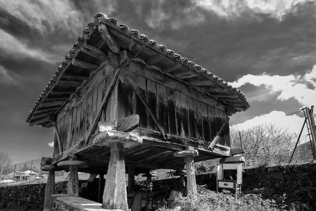 田舎の建物