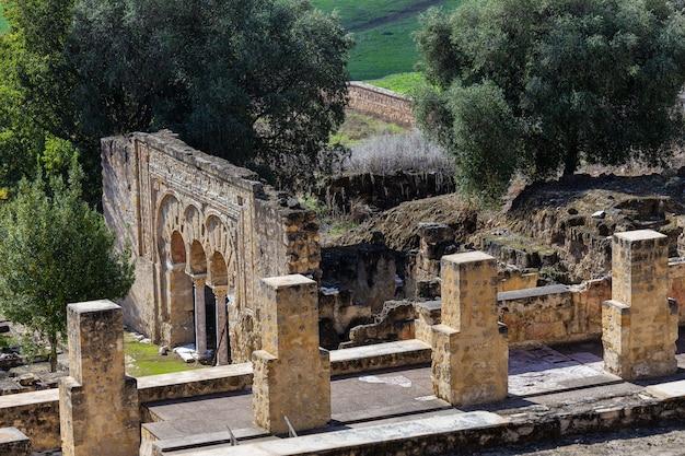 麻原メディナ。コルドバの郊外にある中世の重要なイスラム教徒の遺跡。スペイン。