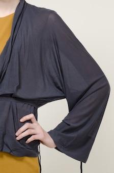 ファッション女性の服