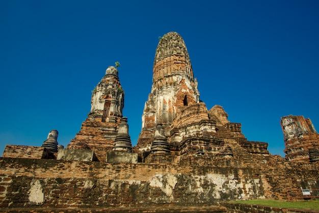 ワットプララムアユタヤ、タイの日の一般的なビュー