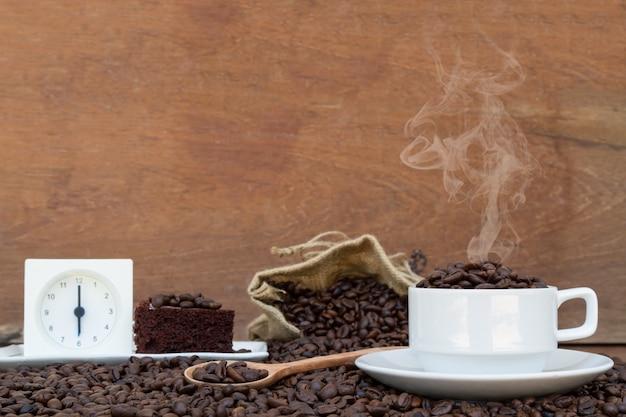 Сумасшедший в любви с кофе