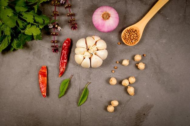 ケトジェニックダイエット、低炭水化物、ケトミールプラン。繊維、タンパク質、脂肪の栄養とカロリー数。減量プログラム。古食品。