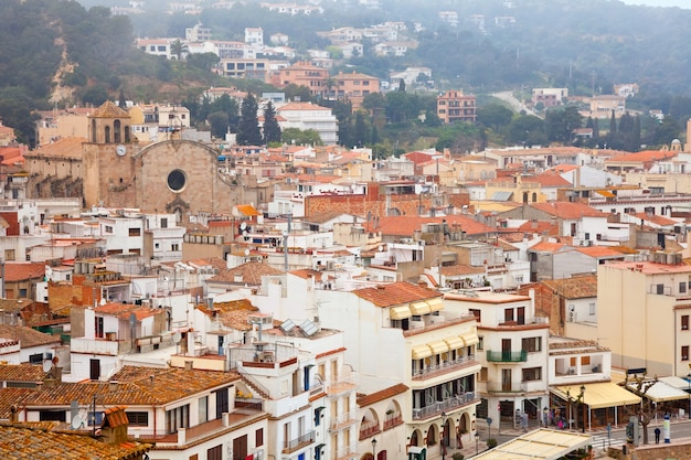 Вид сверху на европейский город