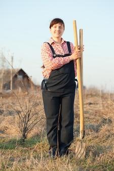 幸せな農夫
