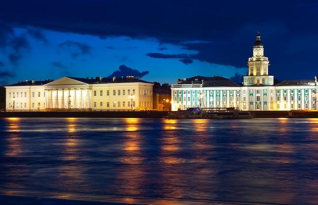 サンクトペテルブルクの夜景