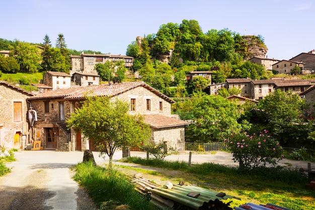 カタロニア語の村。ルピット。カタロニア