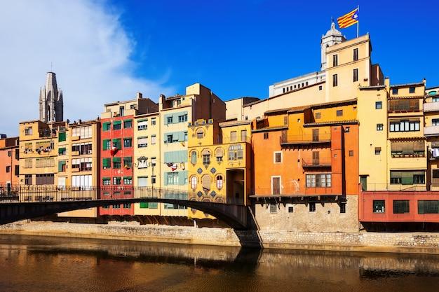 ジローナの眺め。カタロニア、スペイン