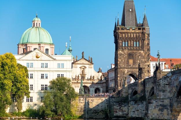 プラハ、チェコ共和国のカレル橋