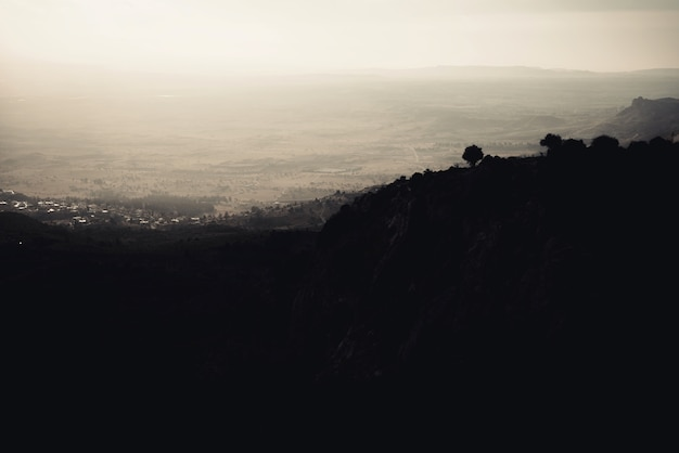 地中海の山の風景