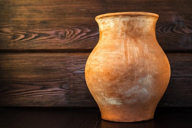 村のカントリースタイルの古い土鍋