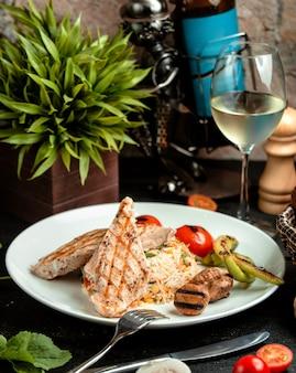 野菜と鶏の胸肉ご飯