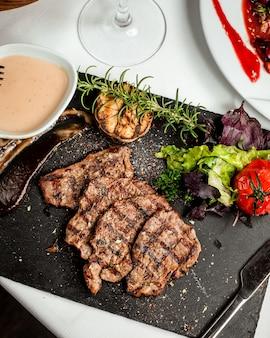 ステーキの揚げ物