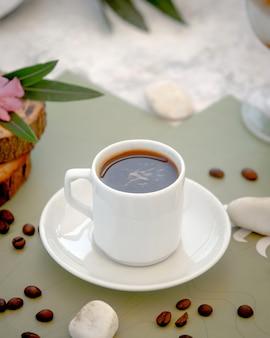 コーヒー飲料のガラス