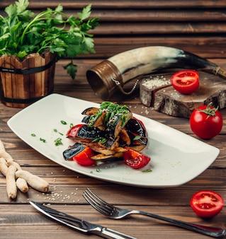 Жареные овощи с зеленью